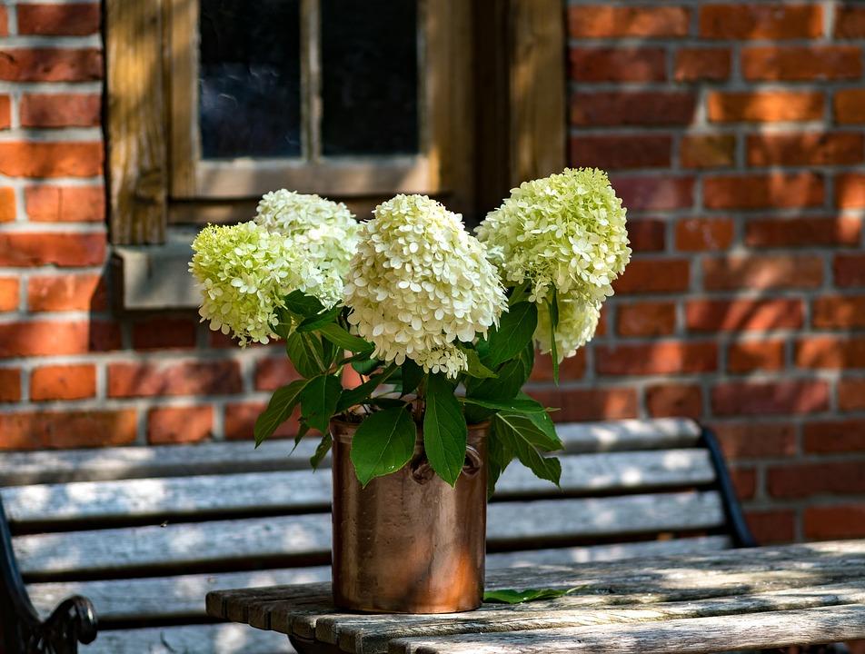 Avoid Hiring A Florist